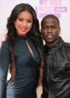 Kevin Hart & his girlfriend on the red carpet of the 2012 MTV VMAs