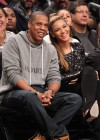 Jay-Z & Beyonce watch the Brooklyn Nets play against the Los Angeles Clippers (Nov 23 2012)