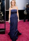 Helen Hunt: Oscars 2013 red carpet
