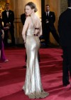 Renee Zellweger: Oscars 2013 red carpet