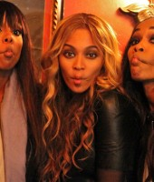 Beyonce with Kelly Rowland and Michelel Williams -- Destiny's Child!!