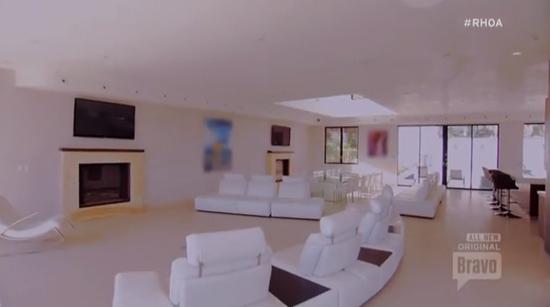 fancy-la-house