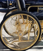 gaga-gold-wheelchair