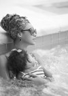 Beyonce and Blue Ivy chillaxin' in the jacuzzi