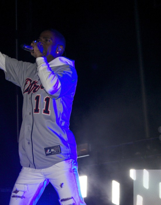 Big Sean raps adamantly with the crowd