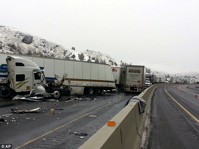 Oregon semi truck crash on I-84