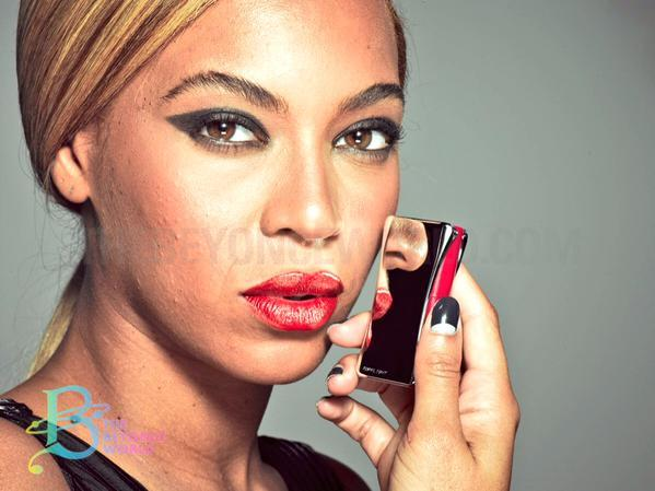 """Beyoncé allegedly """"unretouched"""" photo from 2013 L'Oreal campaign shoot"""