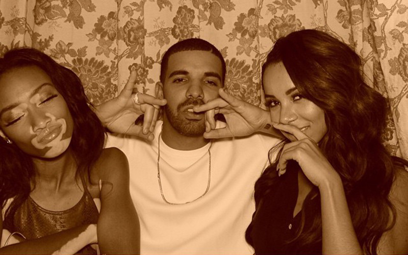 Is rihanna dating drake again 10