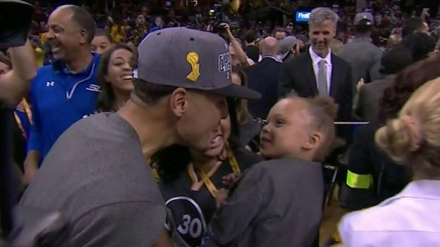 riley-curry-game-6-1