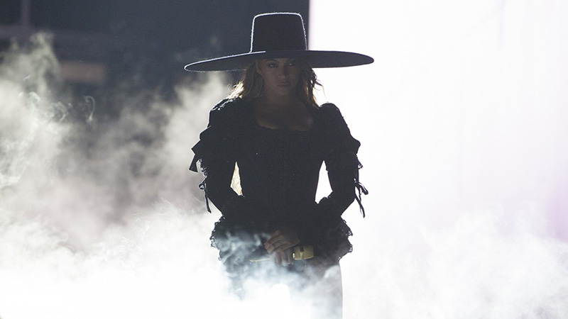 beyonce-formation-tour-raleigh-top