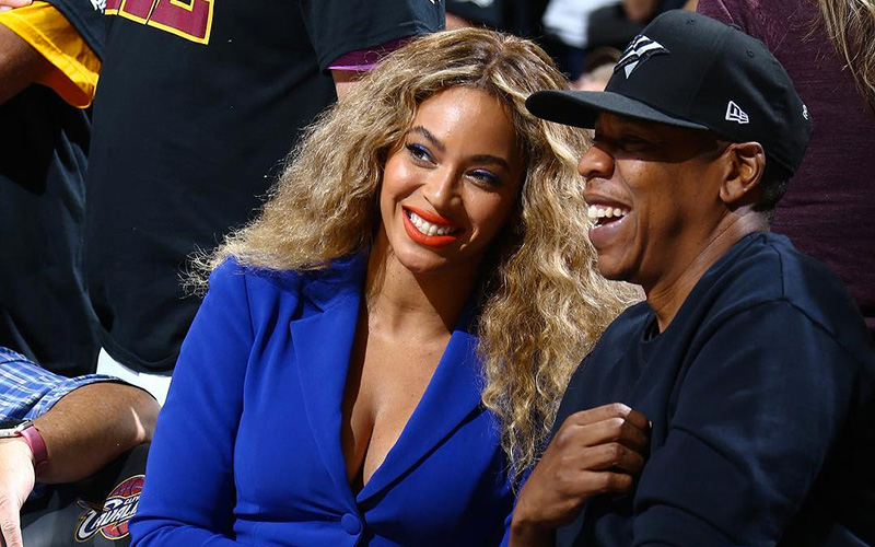 Beyoncé & Jay Z Spotted Courtside at Golden State vs. Cavaliers Game 6 - Gossip Online Magazine