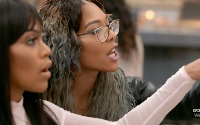 moniece-nia-yell