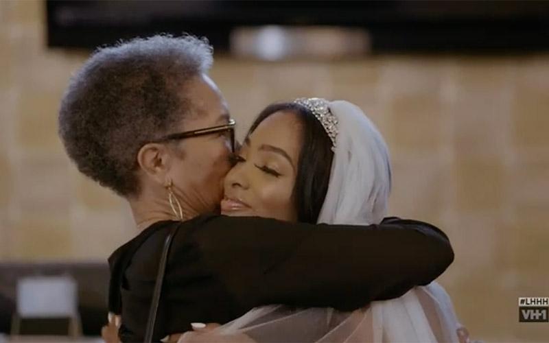 princess-grandma-hug