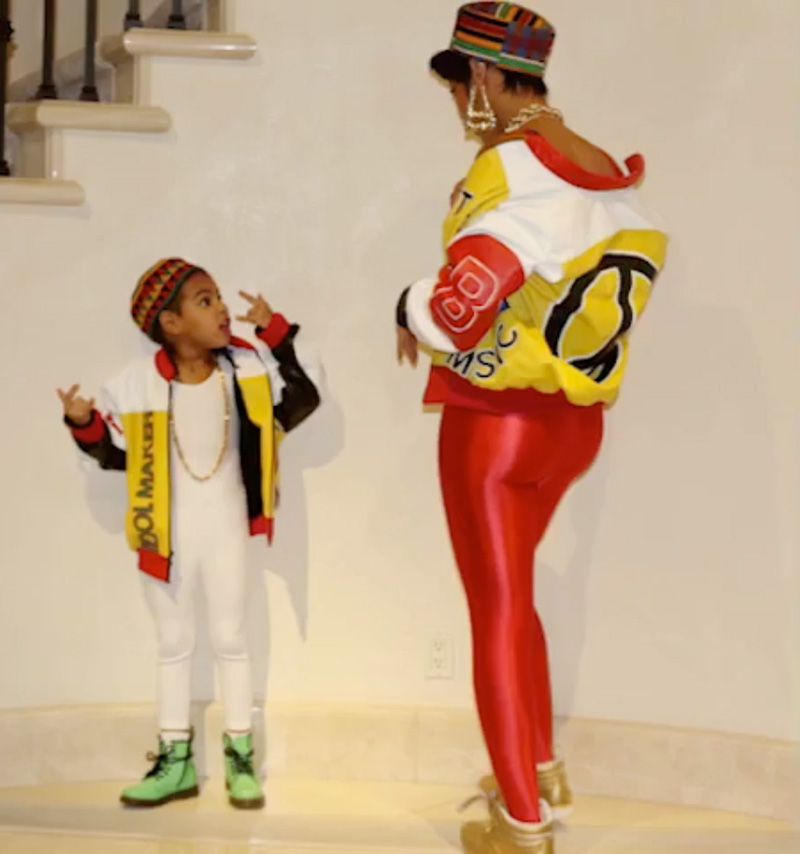 "Blue Ivy and Beyoncé as ""Salt-N-Pepa"" for Halloween (2016)"
