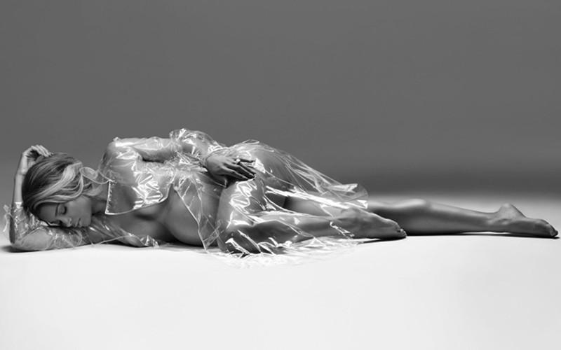 Ciara-Harpers-Bazaar-3