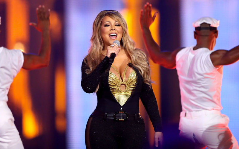 Mariah Carey Is Stiff as a Board in VH1 Hip Hop Honors Performance