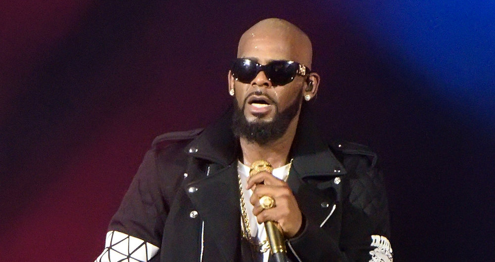R  Kelly Reportedly Having Panic Attacks Over